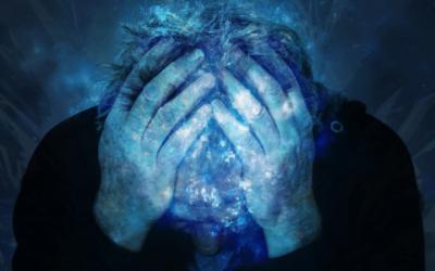 Mieux gérer la douleur avec l'hypnose et la sophrologie
